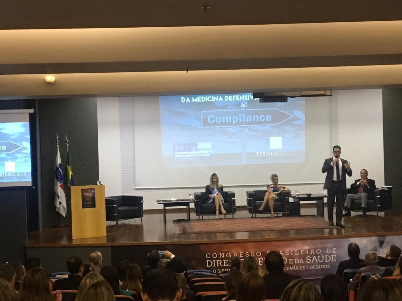 Palestra -  CONGRESSO BRASILEIRO DE DIREITO MÉDICO E DA SAÚDE , realizado na sede do Conselho Federal da OAB em Brasília, nos dias 19 e 20 de junho de 2018