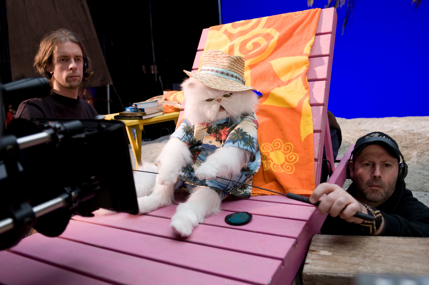 Geoff Redknap and Adam Behr performing our animatronic Mr. Tinkles for  Cats and Dogs 2: The Revenge of Kitty Galore