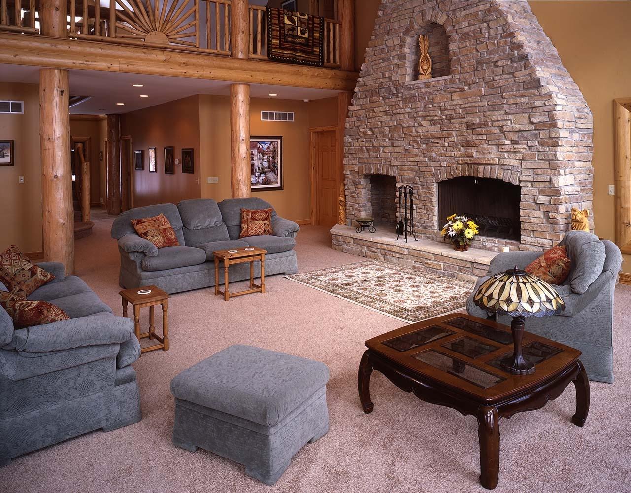 Log Homes & Fireplaces