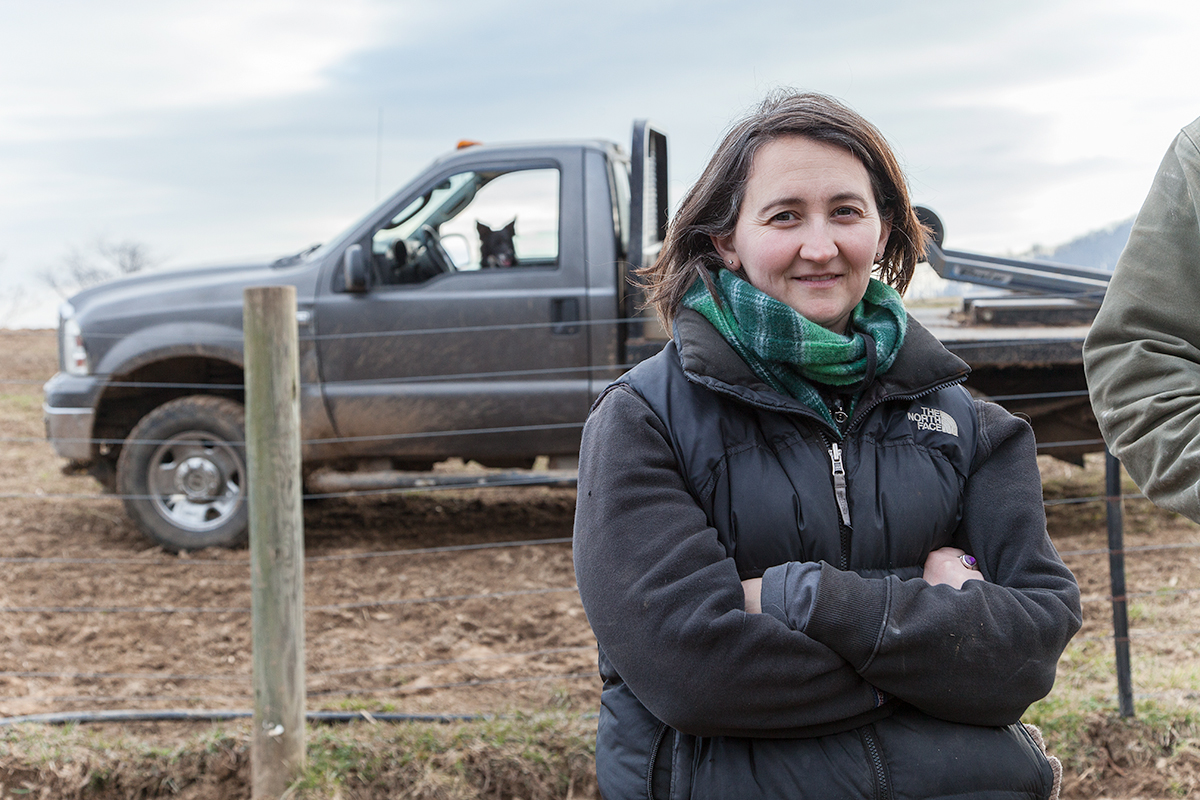 Molly_Peterson_portrait_with_truck_336.jpg