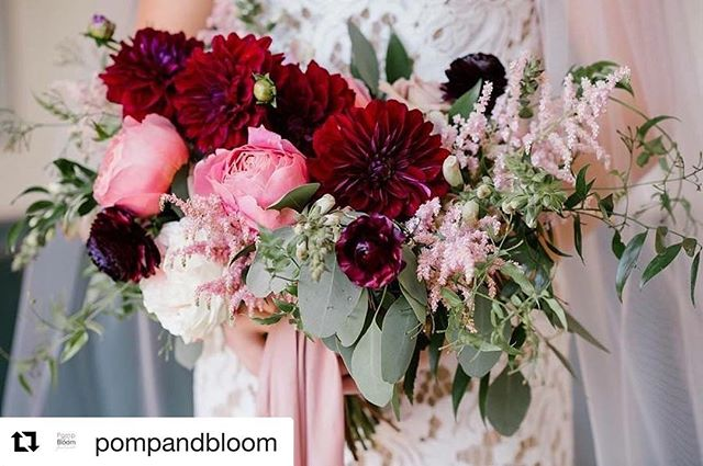 This palette is all we love and more! We're swooning @pompandbloom and we're sure our brides will too!!! ♥️ #hearteyesfordays