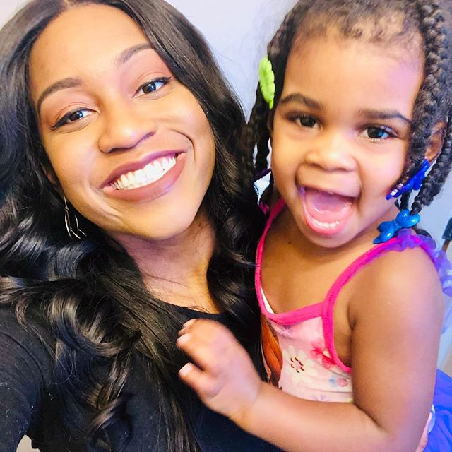 She keeps teaching me I have to be kind to myself, love myself more, and learn from my mistakes. She deserves to see the best version of her mommy. (I'll forever love these pics) 👩👧 #momlife #motherhood