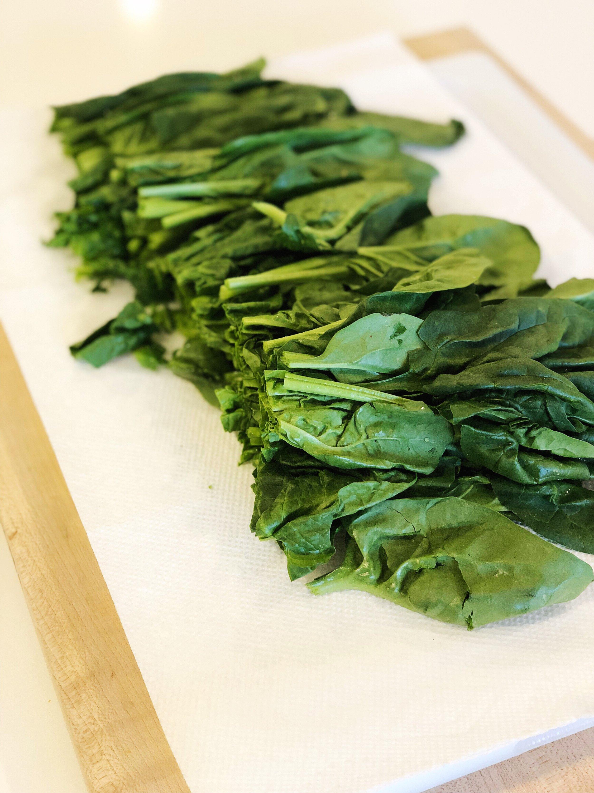 almondsandasana_spinach.JPG