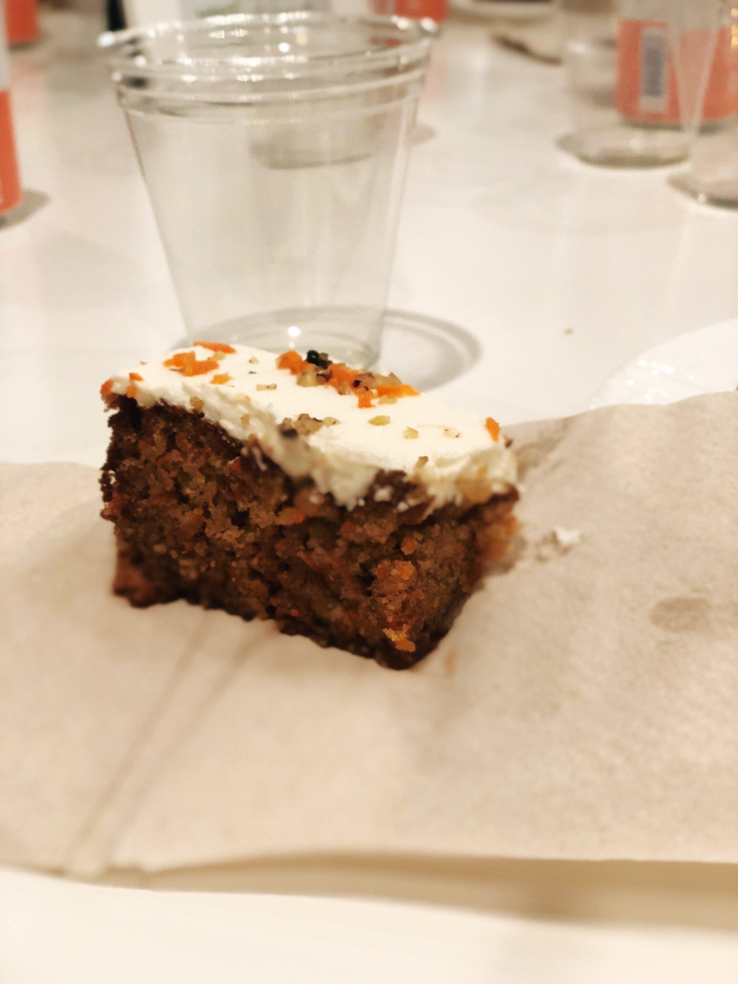 almondsandasana_veggiegrill_carrotcake_vegan.JPG