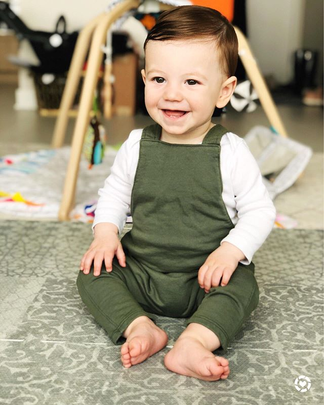 💚 I Think We Found His Color 💚 ✔️ I can't believe I'm saying this because I swear I JUST switched out all of his clothes but it seems we are almost getting ready to make the next leap! Ford is 8.5m and has been in 9m clothes for a while now (still mister long & lean) but I've got an amazing box of 12m hand me downs waiting to be sorted and that task is officially on my to-do list this week 🙋🏻‍♀️ Any other moms feel me on this??? 🤦🏻‍♀️ If you answered yes to the above question, tag a momma friend who can relate to the constant sizing up battle! 🛍 To shop this adorbs romper (size 6-12 months fits him perfectly w/room to grow) & 10 other items from Nordstrom's Pop In for kiddos (including one item we won't need for a while but I'm so tempted to buy RN) download the @liketoknow.it app and screen shot this pic, or use the #liketkit link in my bio http://liketk.it/2CBNA . . . . . . . .  @liketoknow.it.family #LTKbaby #LTKbump #LTKfamily #LTKkids #LTKunder100 #LTKunder50 #almondsandasana #victoriacohen #8monthsold #green #nordstroms #babyclothes #overalls #romper #babyboy #fordolsonburke #babyclothes #9monthold #honestmotherhood #theeverymom #littlenomad