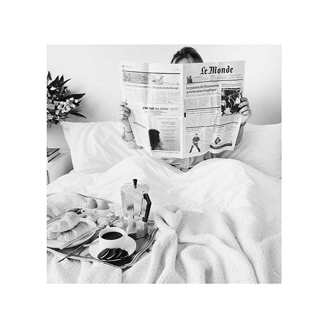 Our favorite way to spend this rainy Sunday... . . . . #sunday #sundayvibes #bed #stayinbed #coffee #breakfast #breakfastinbed #brunch #sundayfunday #lemonde #paris #blackandwhite #lazysunday #croissant #rainyday #boston #details #detailsandyou #eventplanner #bostonevents #instainspo #sundayfeels