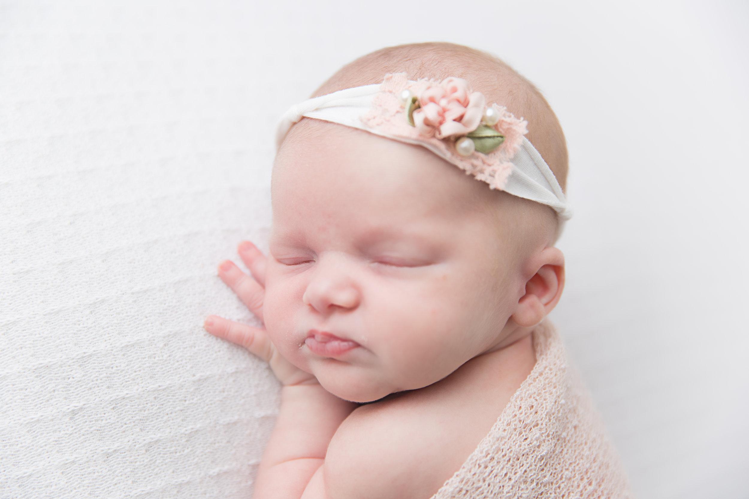 Indianapolis Newborn Photographer (11 of 47).jpg