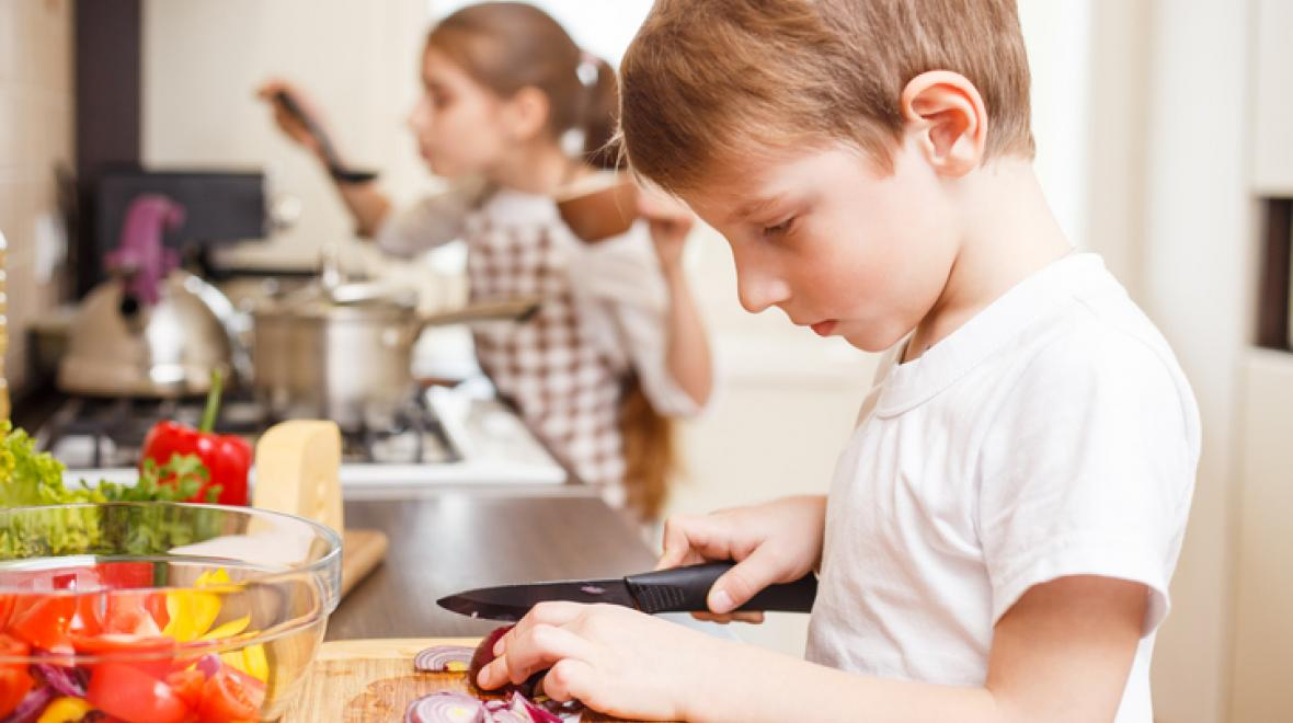 Blended: How I'm Getting My Kids to Make Their Lunches