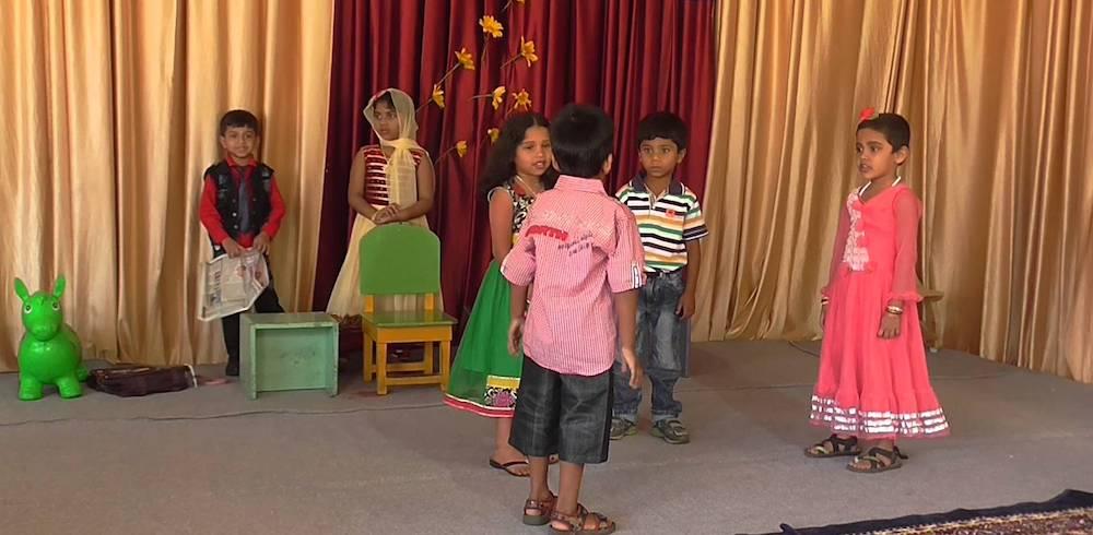 Kids performing play (cc0).