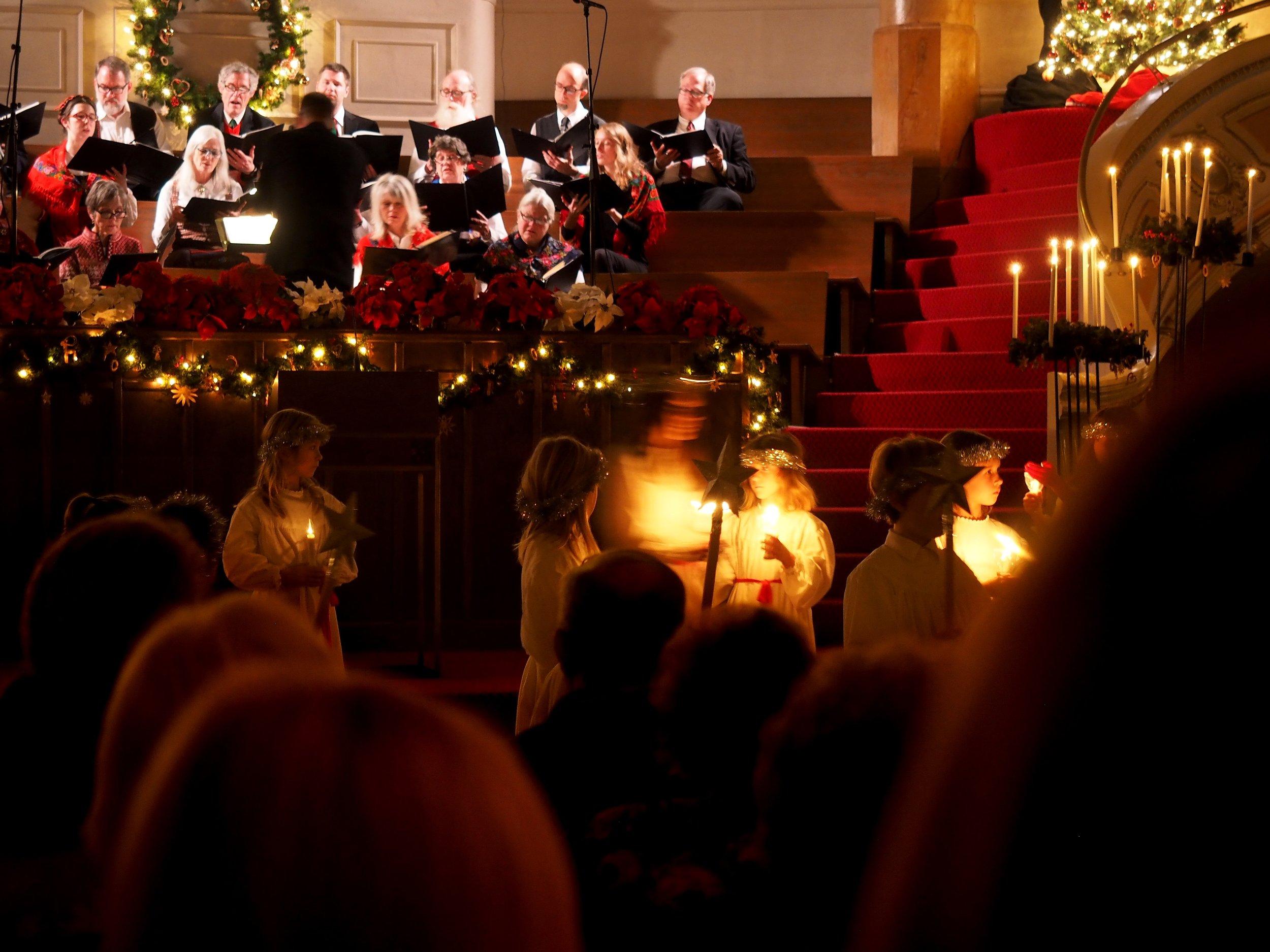 Congregational Choir in Song