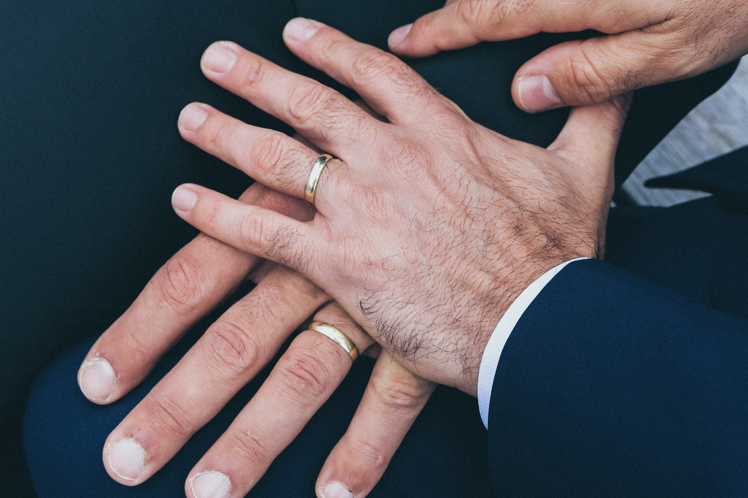 Two Hands in Commitment
