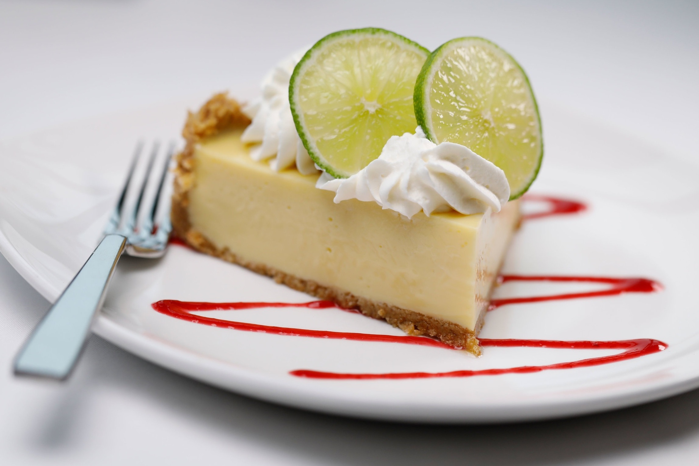 shanahans-key-lime-pie.jpg