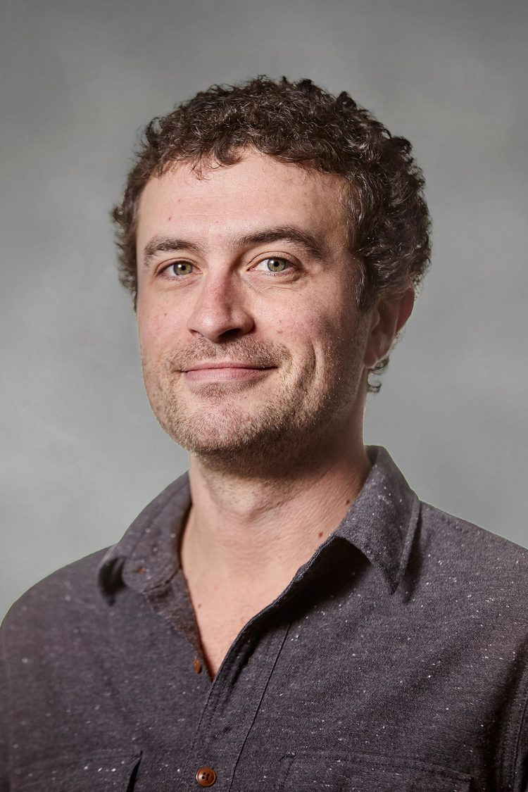 Mike Wiley.jpg