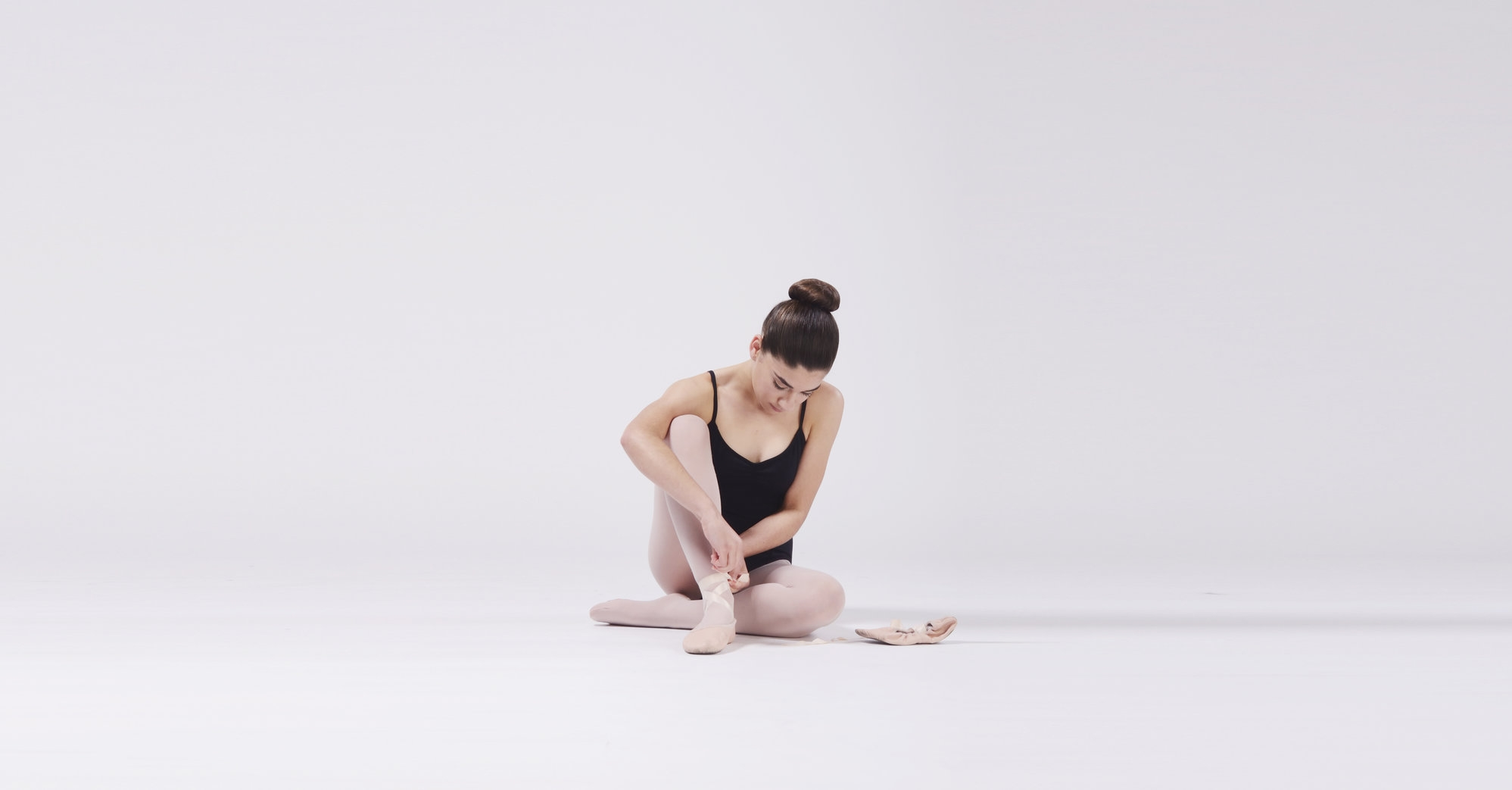 - Open, Stretch, pointe