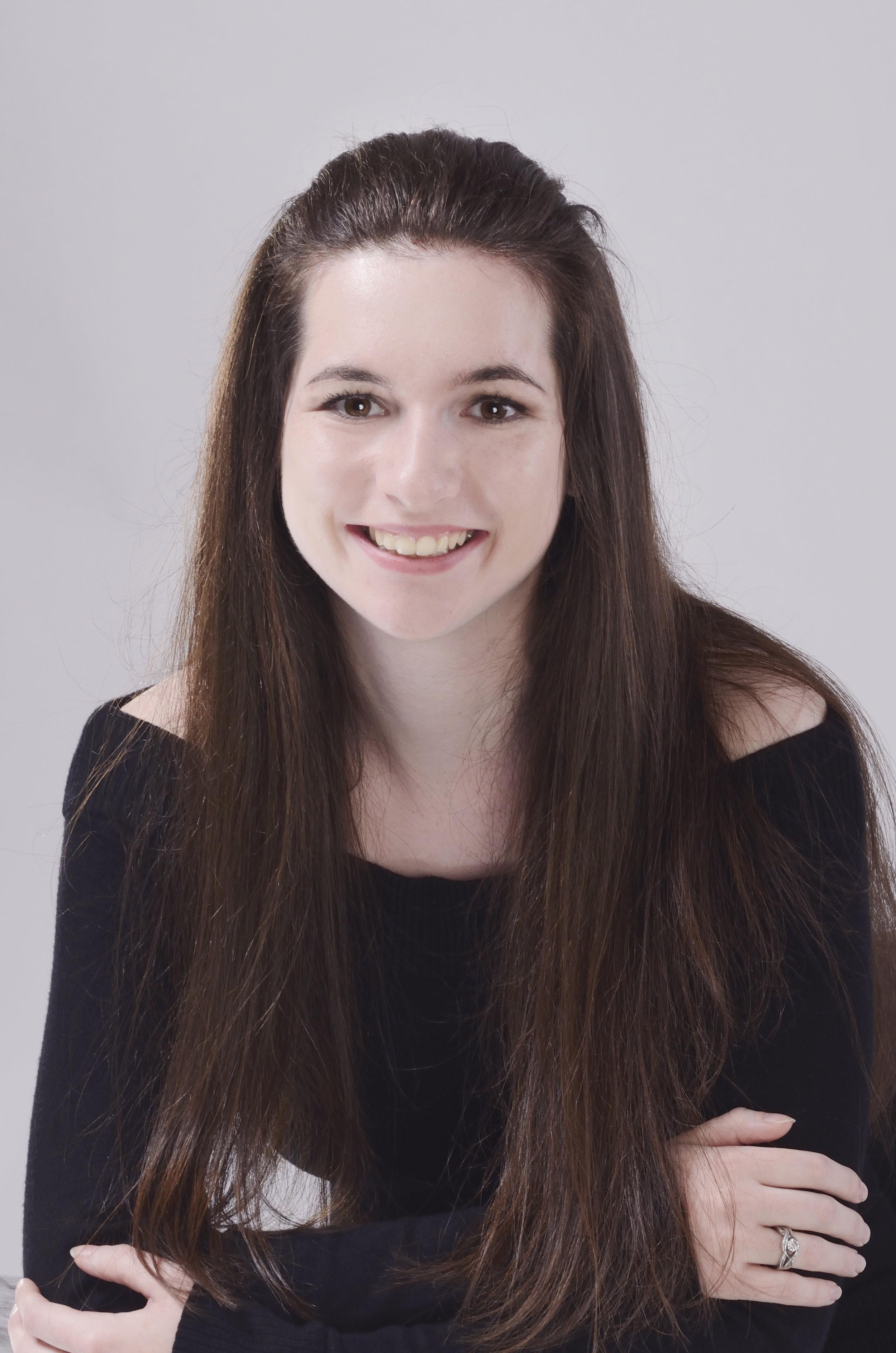 Hayleigh-Rossetter-Dance-Teacher-Limelight-Dance-Academy