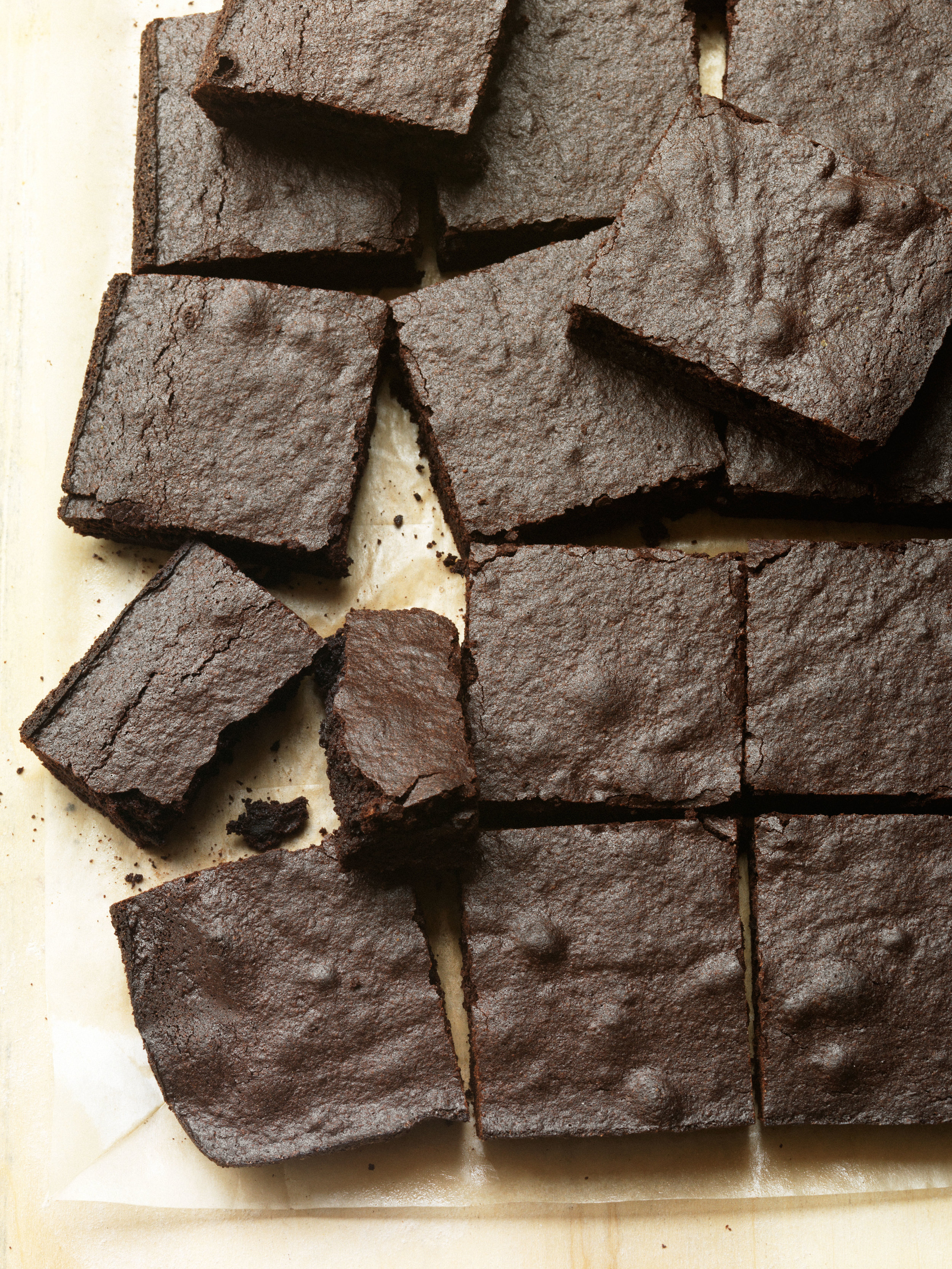 DARK CHOCOLATE BROWNIES_01.jpg