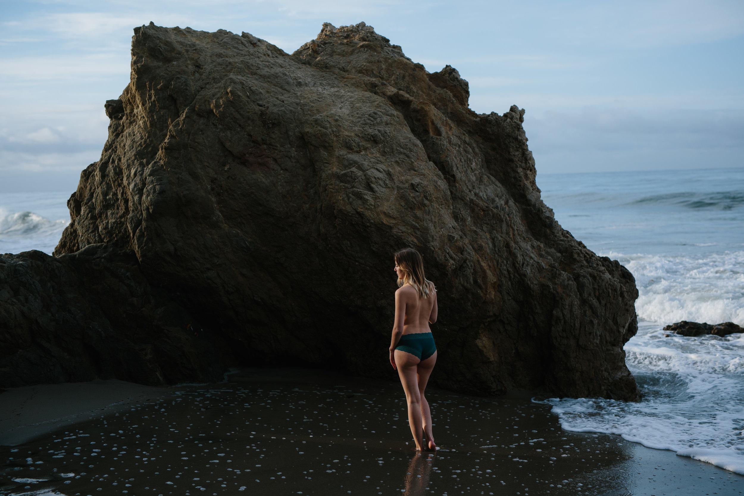 El Matador Beach Outdoor Boudoir © Abigail R Collins Photography