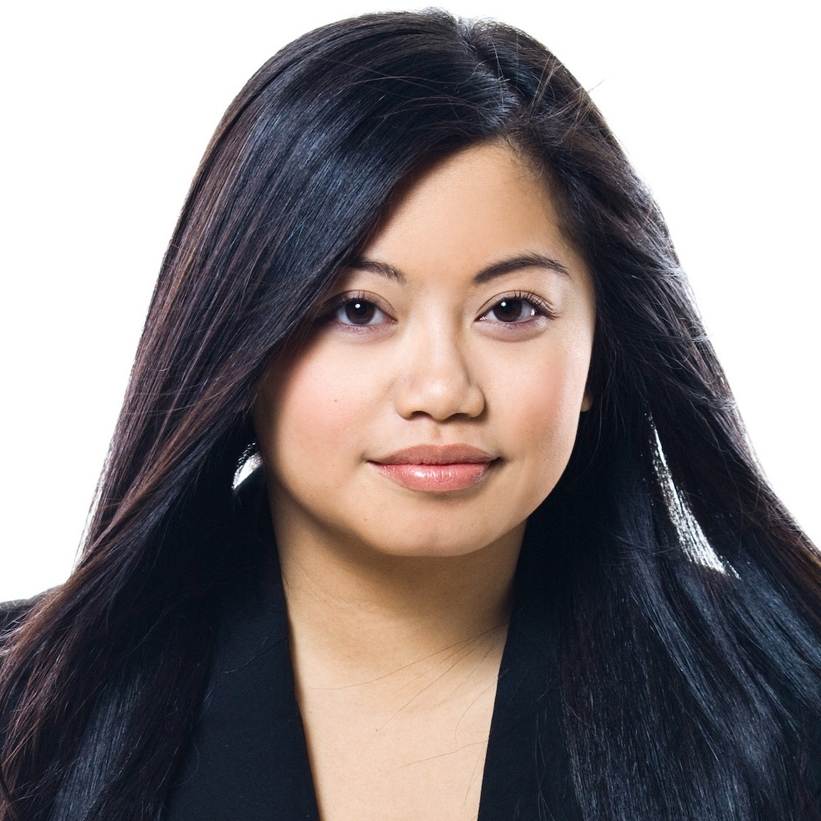 Victoria Bouttavong  Media Coordinator, Fox Entertainment   Facebook ,  Instagram ,  Twitter ,  LinkedIn