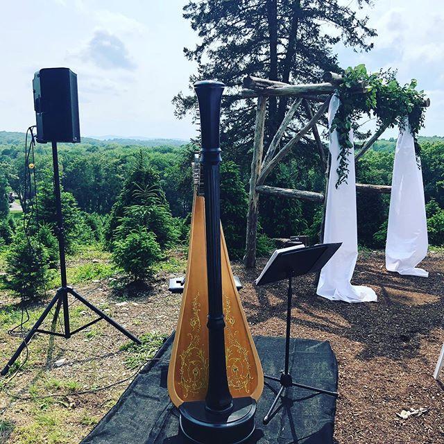 Beautiful scenery for a beautiful couple! #diana&keith @oandeband @lvertalent #weddingceremony #ceremonymusic #harp #singingharpist @emmerichtreefarm