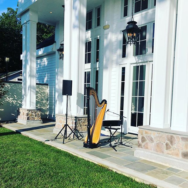 @oandeband yesterday at @Rolandinn #harp #singingharpist #ny #livemusic #ceremonymusician #ceremonymusic
