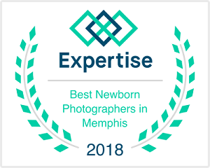 top newborn photog badge.png