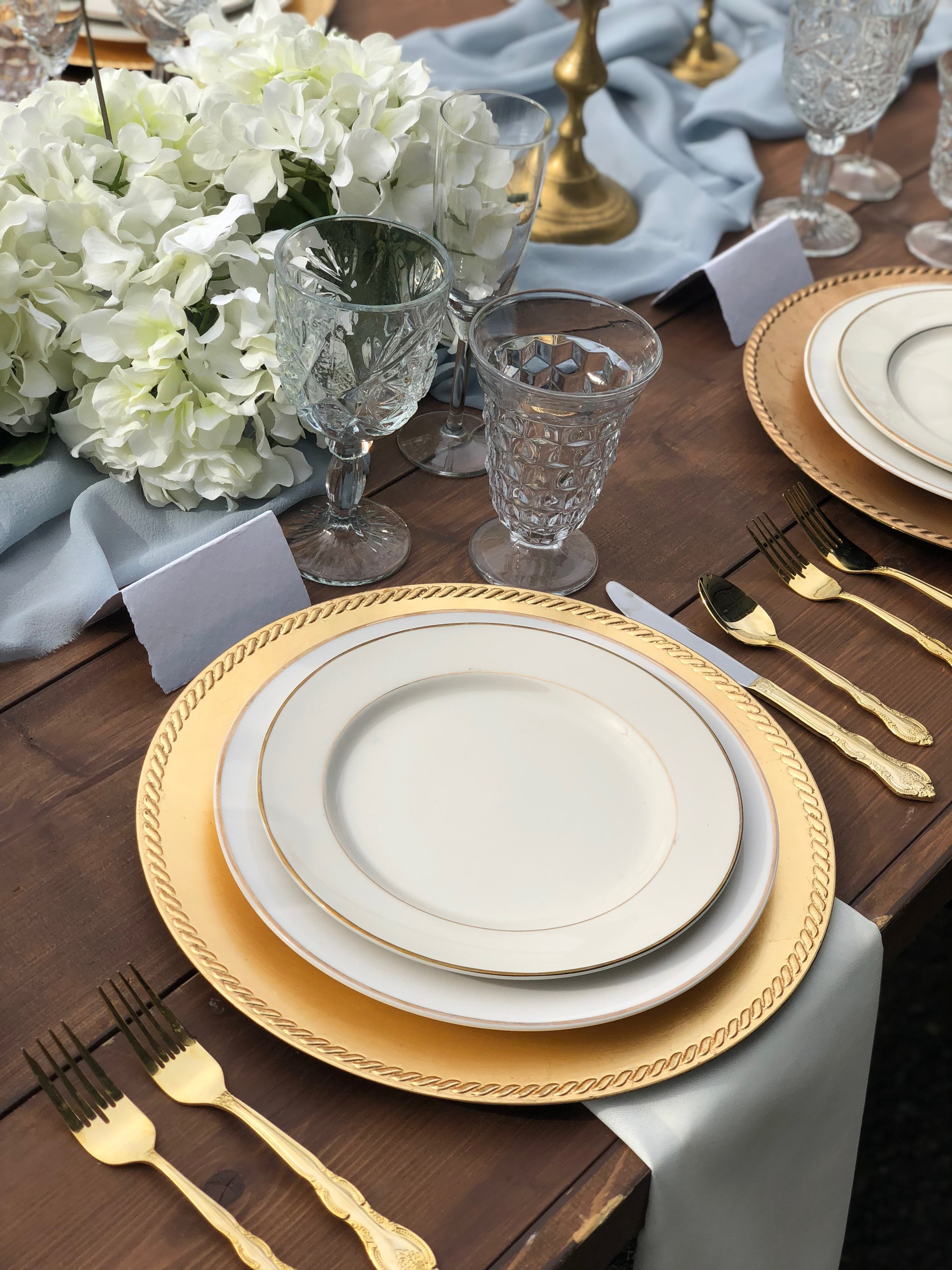 Rentals | Danner & Soli  Flatware | Glass Slipper Rentals  Table Runner | Tono & Co.  Planning & Styling | To Be Loved Events, Anela Events