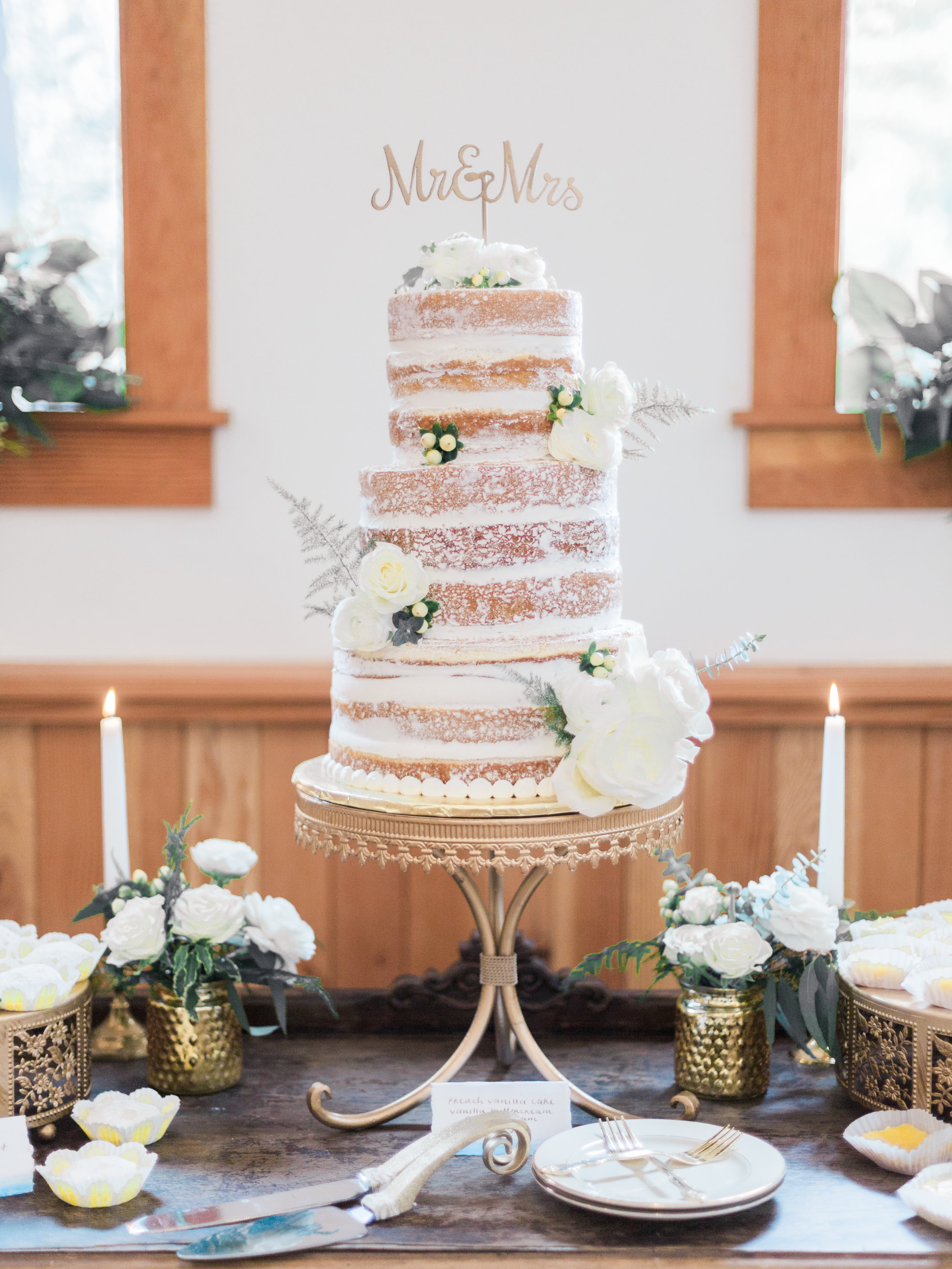 Cake & Desserts | Soft Peaks Cakery  Photography | Ava Maria Photography  Planning & Styling | To Be Loved Events & Anela Events  Rentals | Danner and Soli  Floral Design | Flowers & Thyme