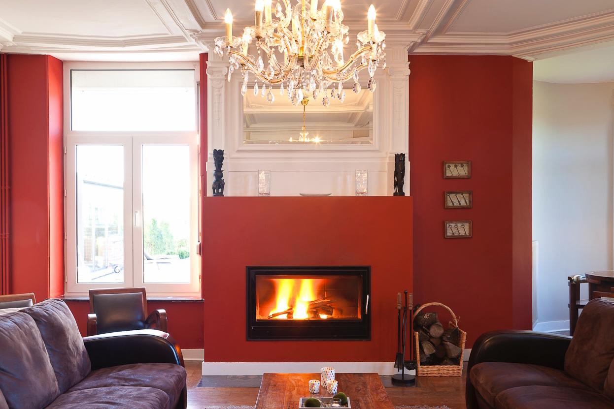 Salon - Agréable et chaleureux qui vous permettra de passer de belles soirées au coin du feu.