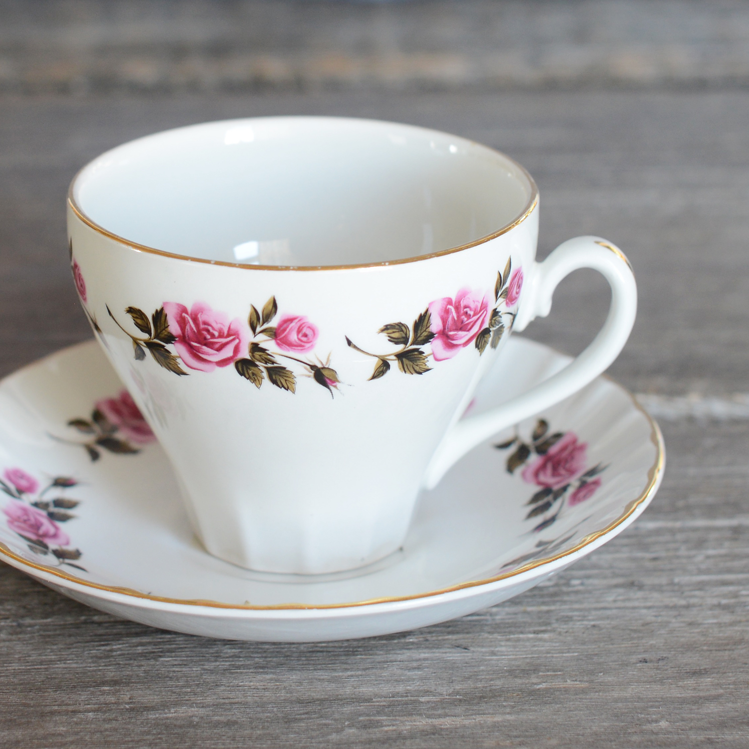 ellis tea cup and saucer - 6 available