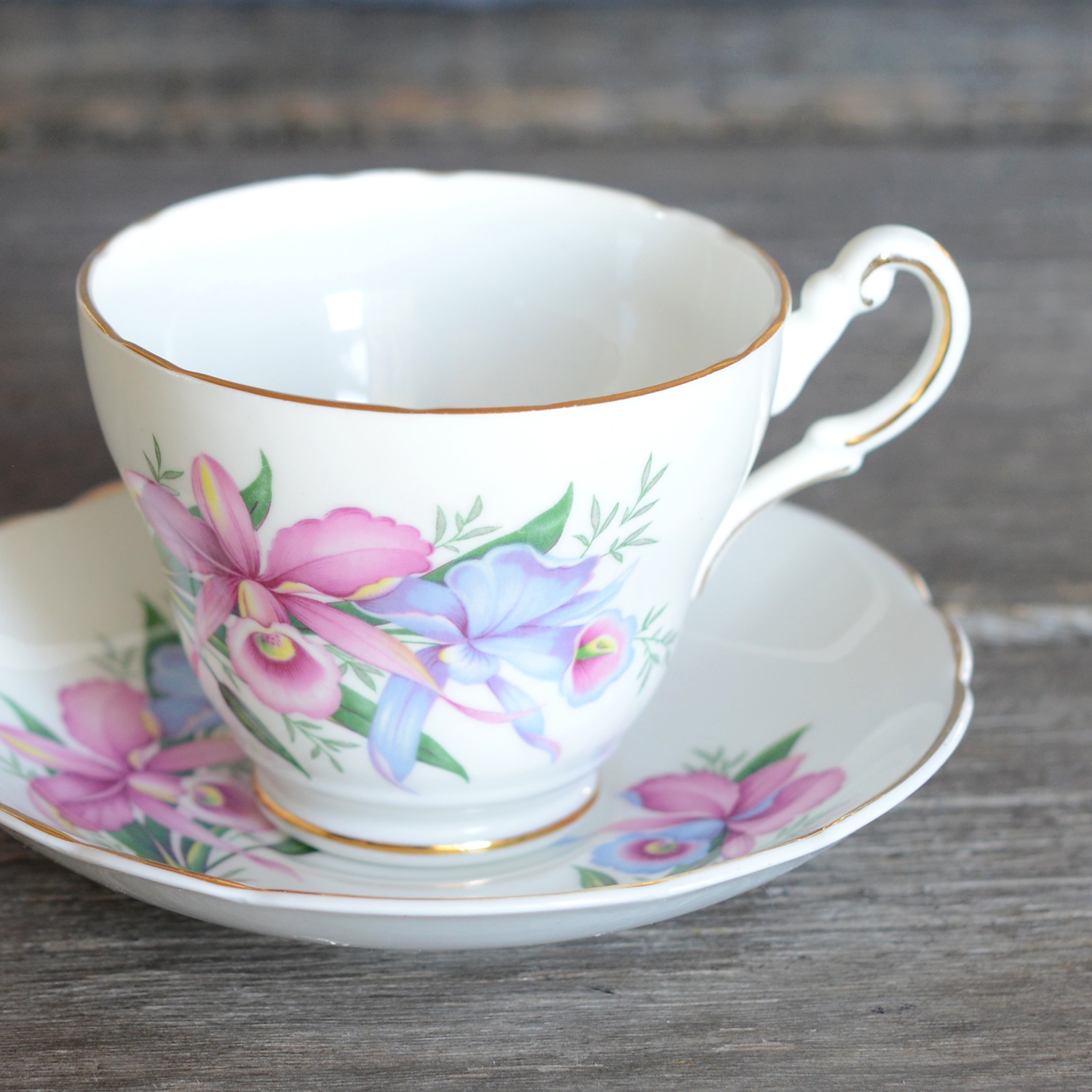 tottle tea cup and saucer
