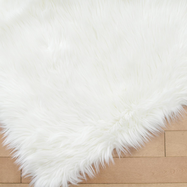 3x5 white fur rug