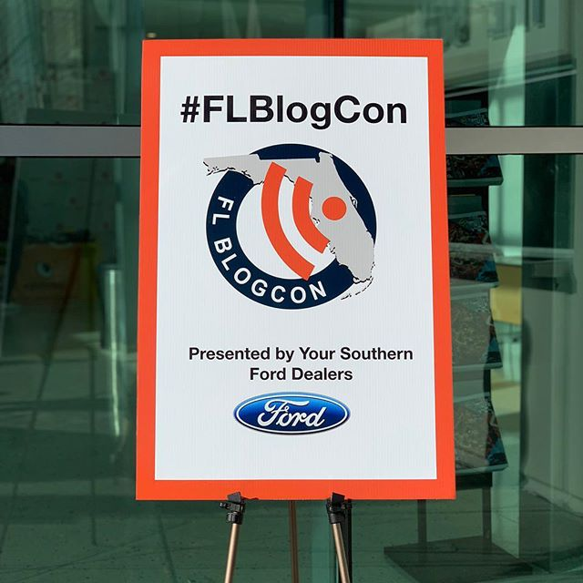 "Yesterday I went to @FLBlogCon, an Orlando Blogger & Social Media conference presented by @Ford at @fullsail. The theme for 2018 was ""Year of the Creator"" and focused on seminar tracks about social media, content creation, your website, and more.  This is the third #FLBlogCon I've been to, and it's been essential to my success in Orlando. I've met fantastic people like @DianaCGriffith and @City.Whit who are not only bloggers, but also marketers who have become good friends. I'm just so blessed to have this community of like-minded people around me, to build me up and be on my journey with me.  Thanks to all the sponsors and vendors like @toacertaindegree, @eyebobs, @tijuanaflats, and @theorlandobloggers. Most importantly, thanks to @bess_auer, @professorjosh, and the crew for putting on a local event at an affordable price that we bloggers and marketers so desperately need for work and community. Hope to see you next year! 💫  Swipe for some pics I took on the #iPhoneXS (mostly in the amazing #portraitmode) ➡️ #OrlandoDoesntSuck"