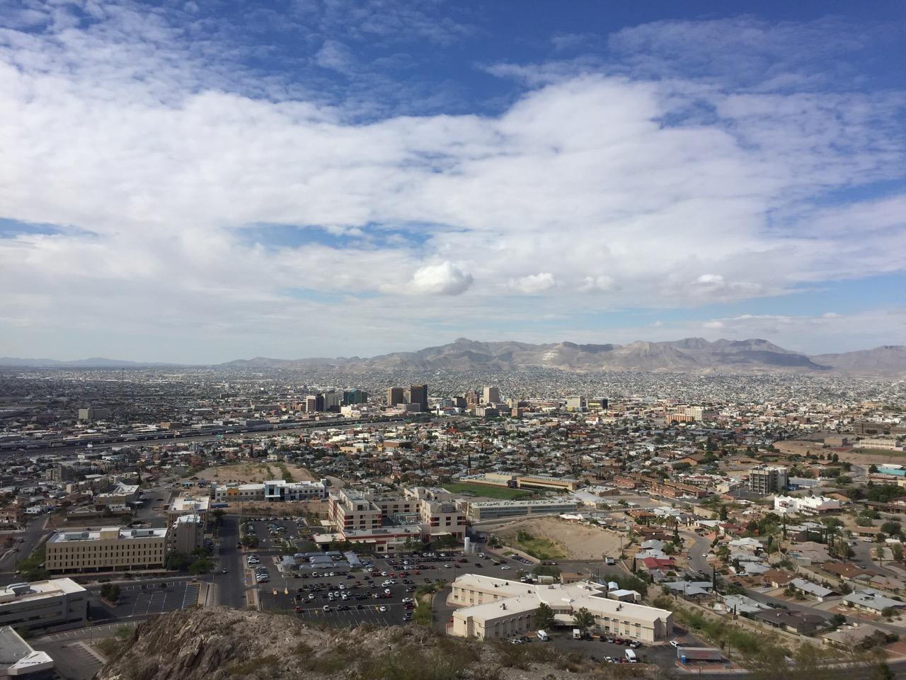 El Paso, TX, looking south toward downtown, Segundo Barrio, and Ciudad Juárez, Chihuahua, MX