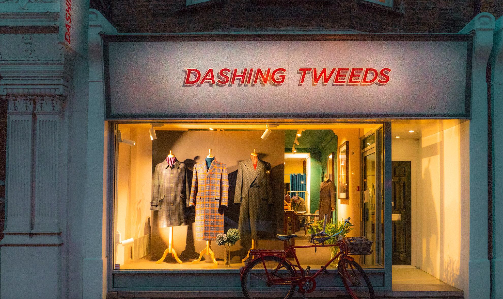 Shop-Front-night-Dashing-Tweeds.jpg