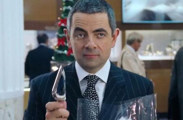 rowan-atkinson-reprises-that-iconic-love-actually-role-for-comic-relief-reboot-3.jpg