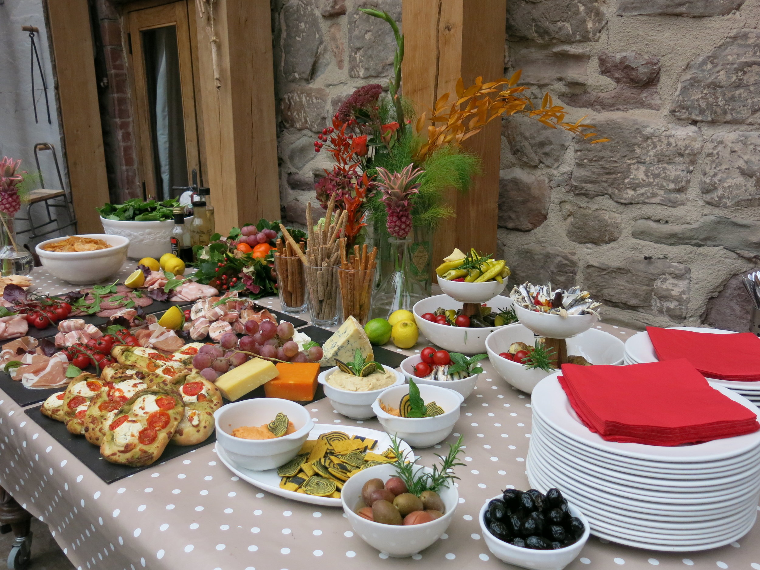food buffet oak room.JPG