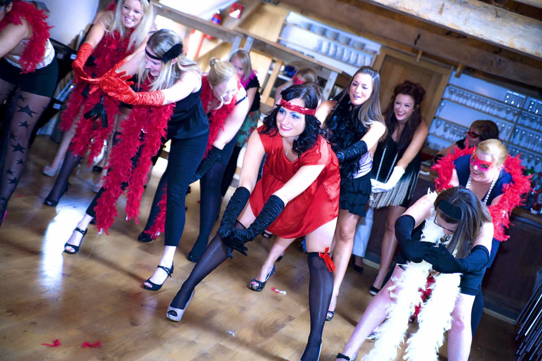 burlesque hen party.jpg