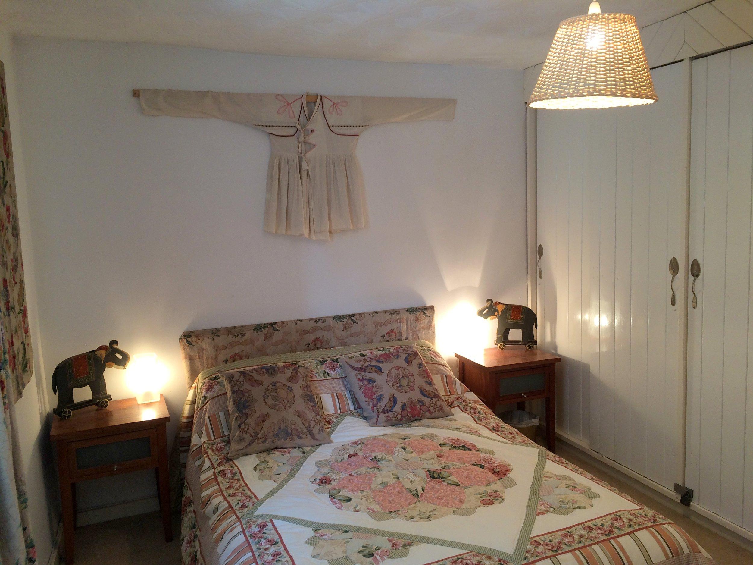 george cottage bedroom vintage rose room  (9).jpg