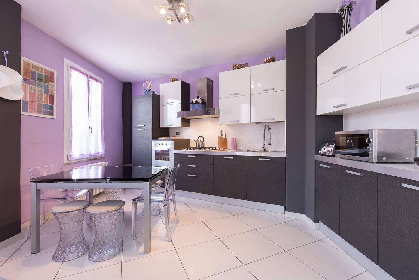 Apartment Violet 2.jpg