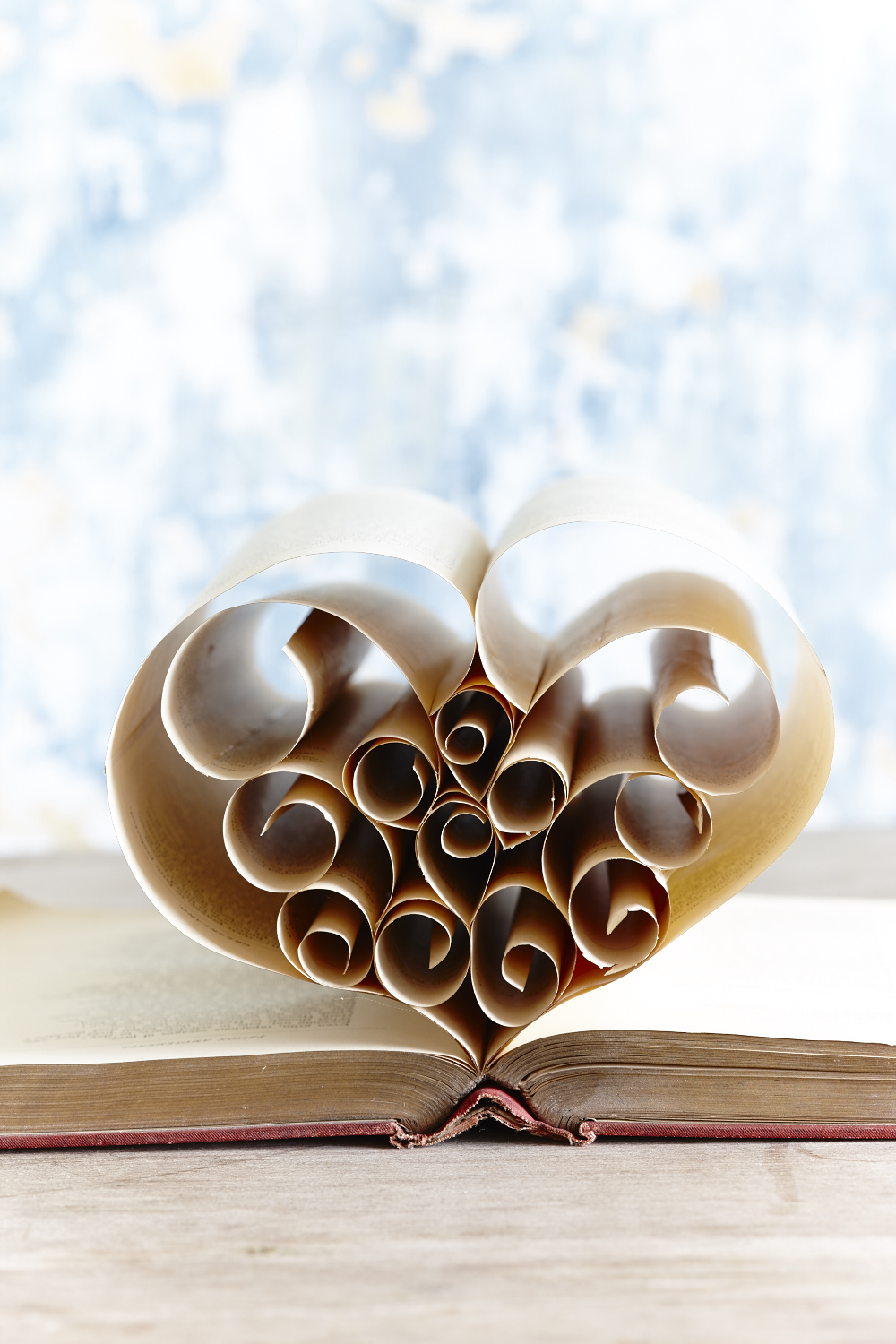 CB1051_BOOK_ART_HEART_DET_2.jpg