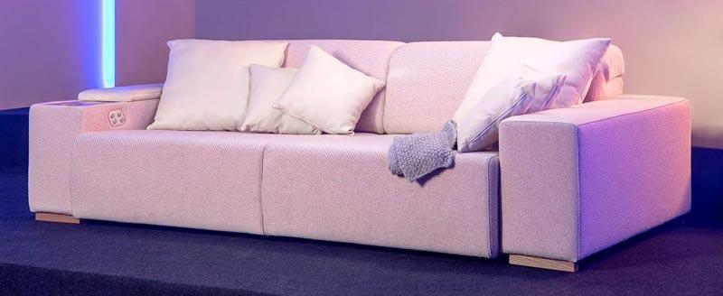 blog-budapest-sofa-storage-touch-screen