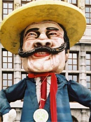2002: Snorrenreus Djon   Als eerbetoon voor jaren trouwe dienst, de grootste snor van het jaar, onzen Djon.