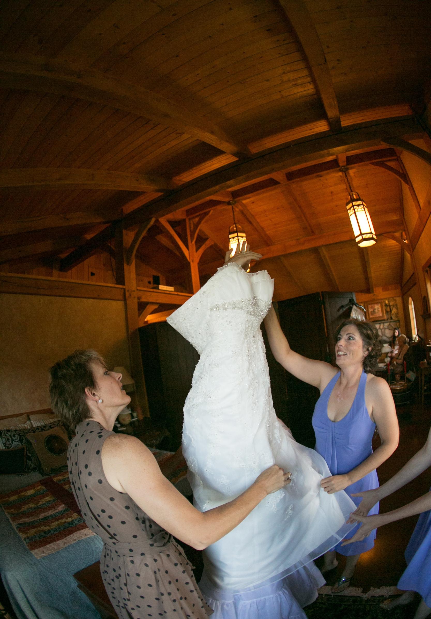 Bridal Suite Barn Wedding Image.jpg