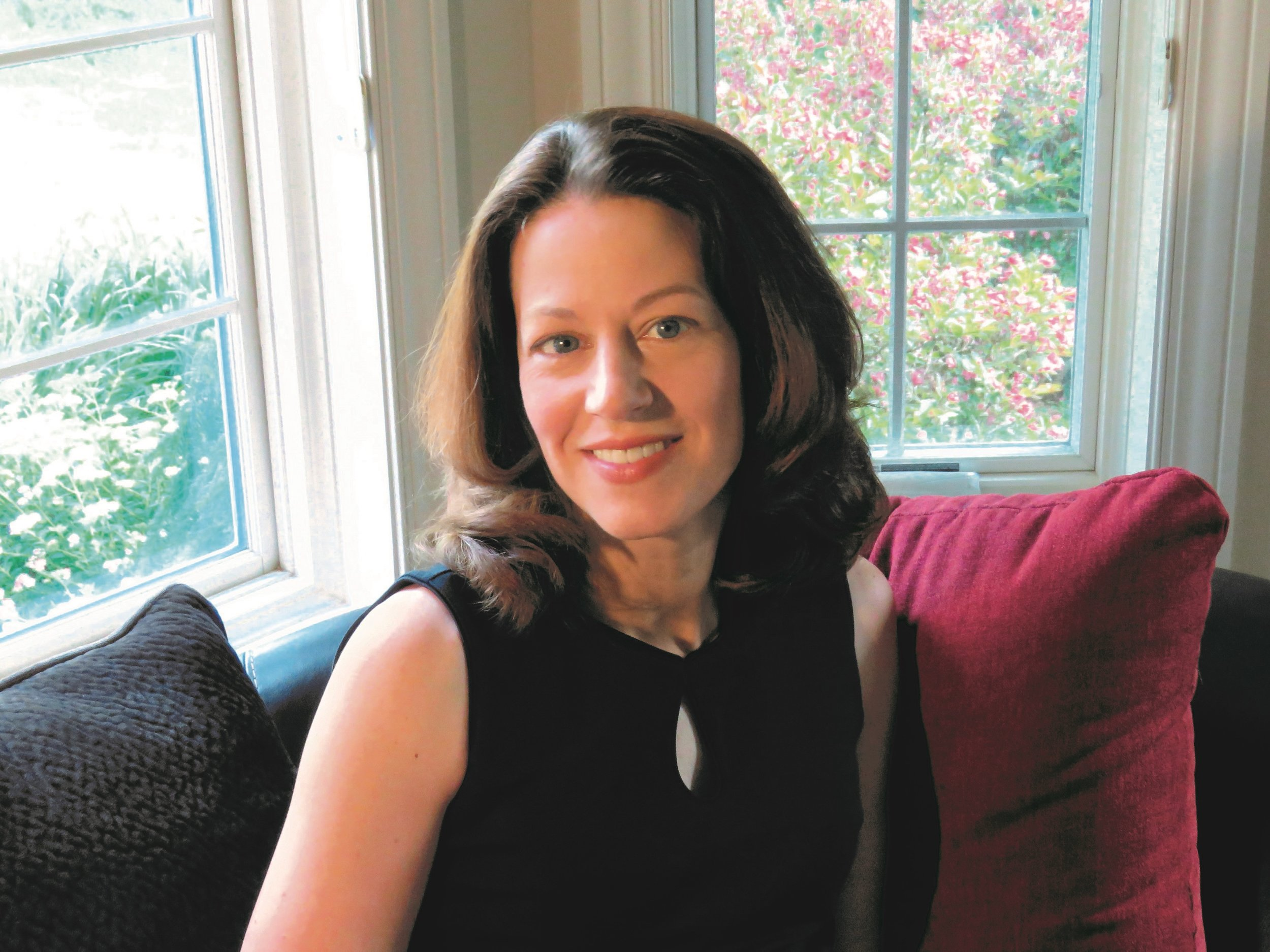 Jennifer Chiaverini Author Photo.jpg