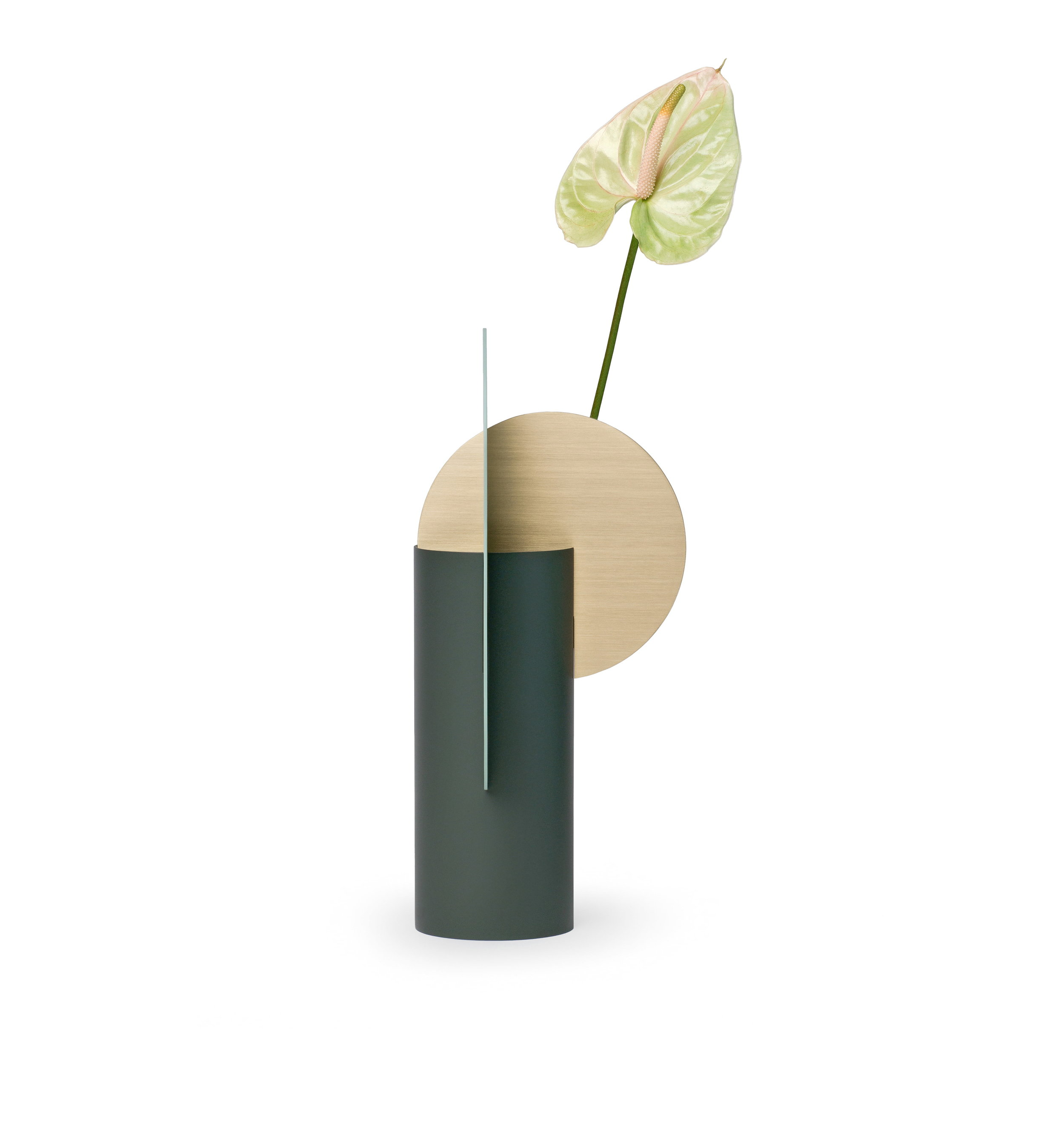 SCULPTURAL - Even an empty vase will always look like a small art object in your house.