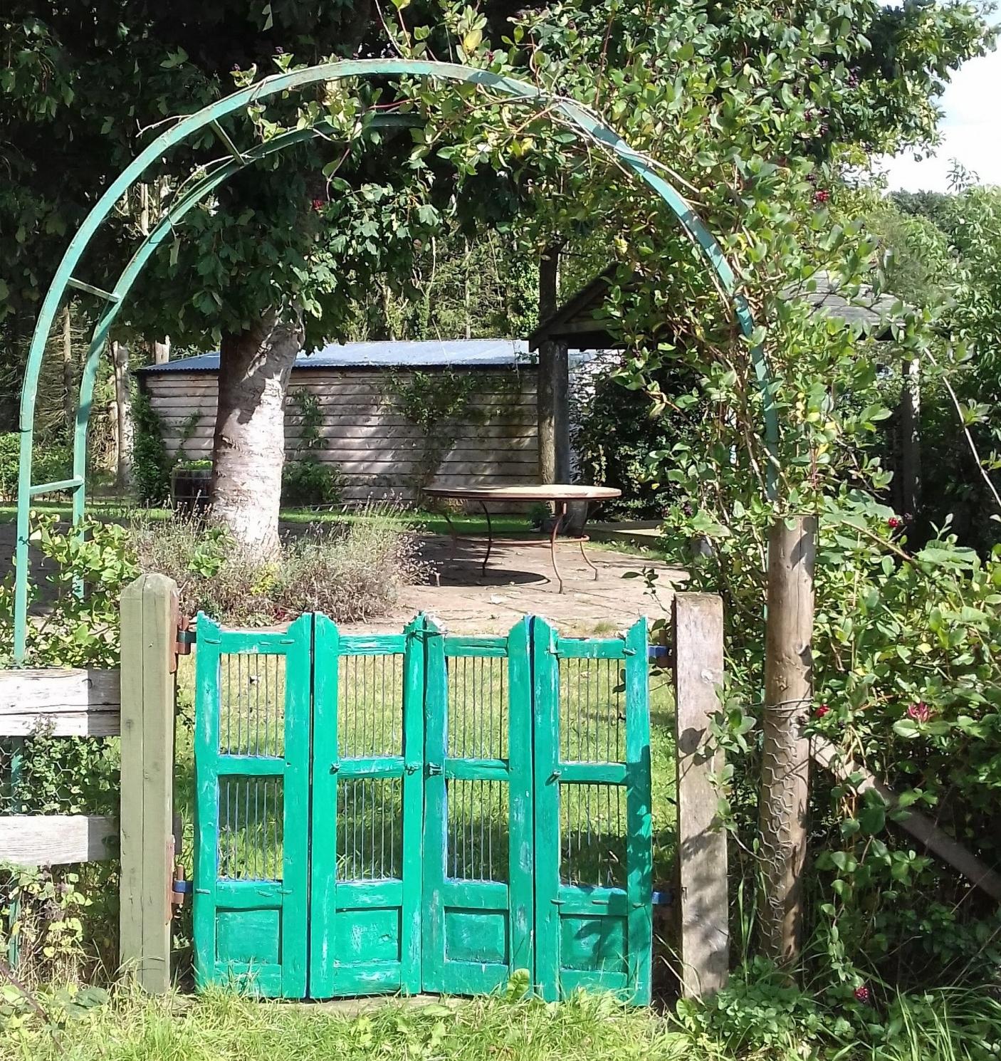 Green garden gate.jpg