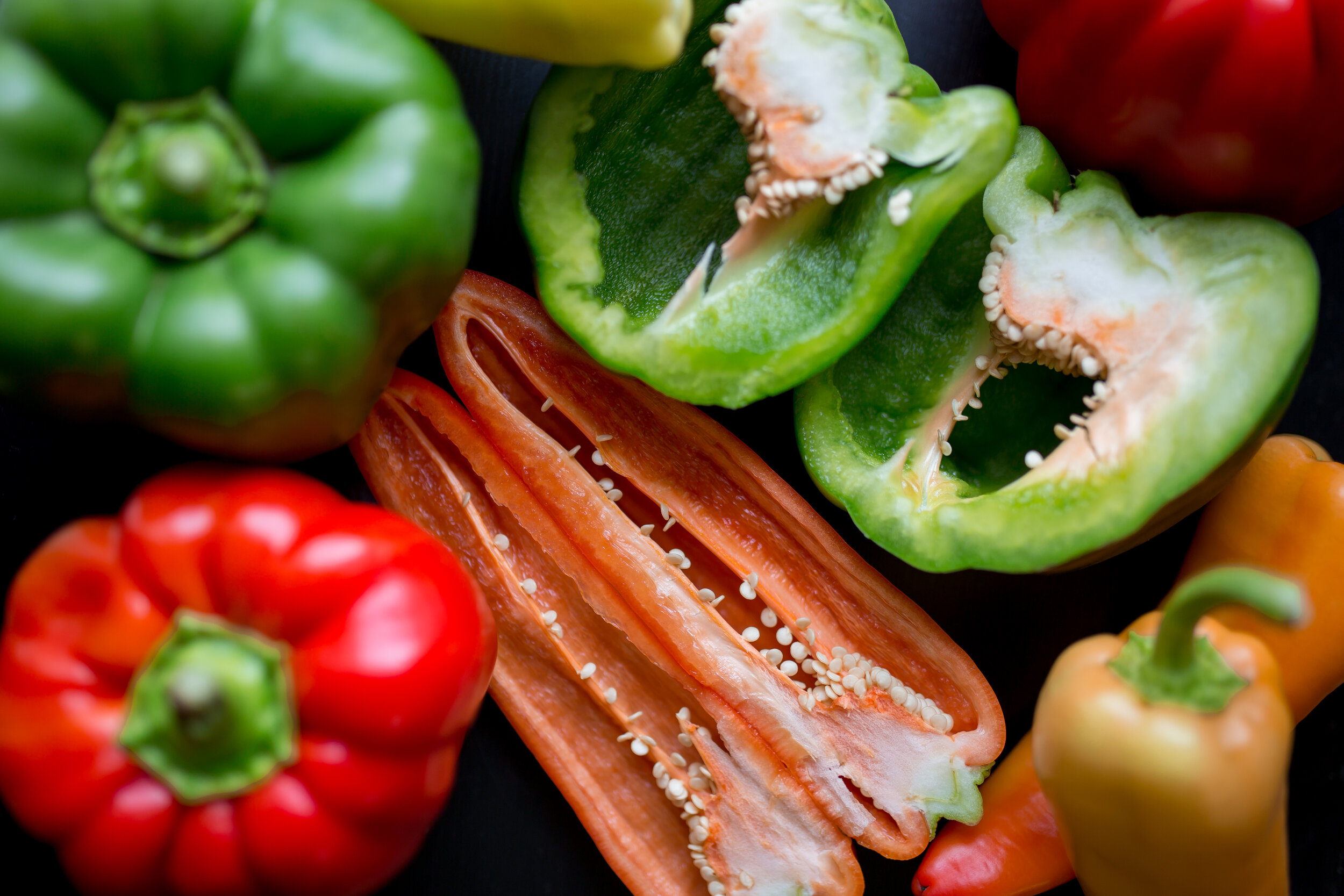 To Store - Keep refrigerated and unwashed.Red peppers can be kept 4-5 days, green up to a week