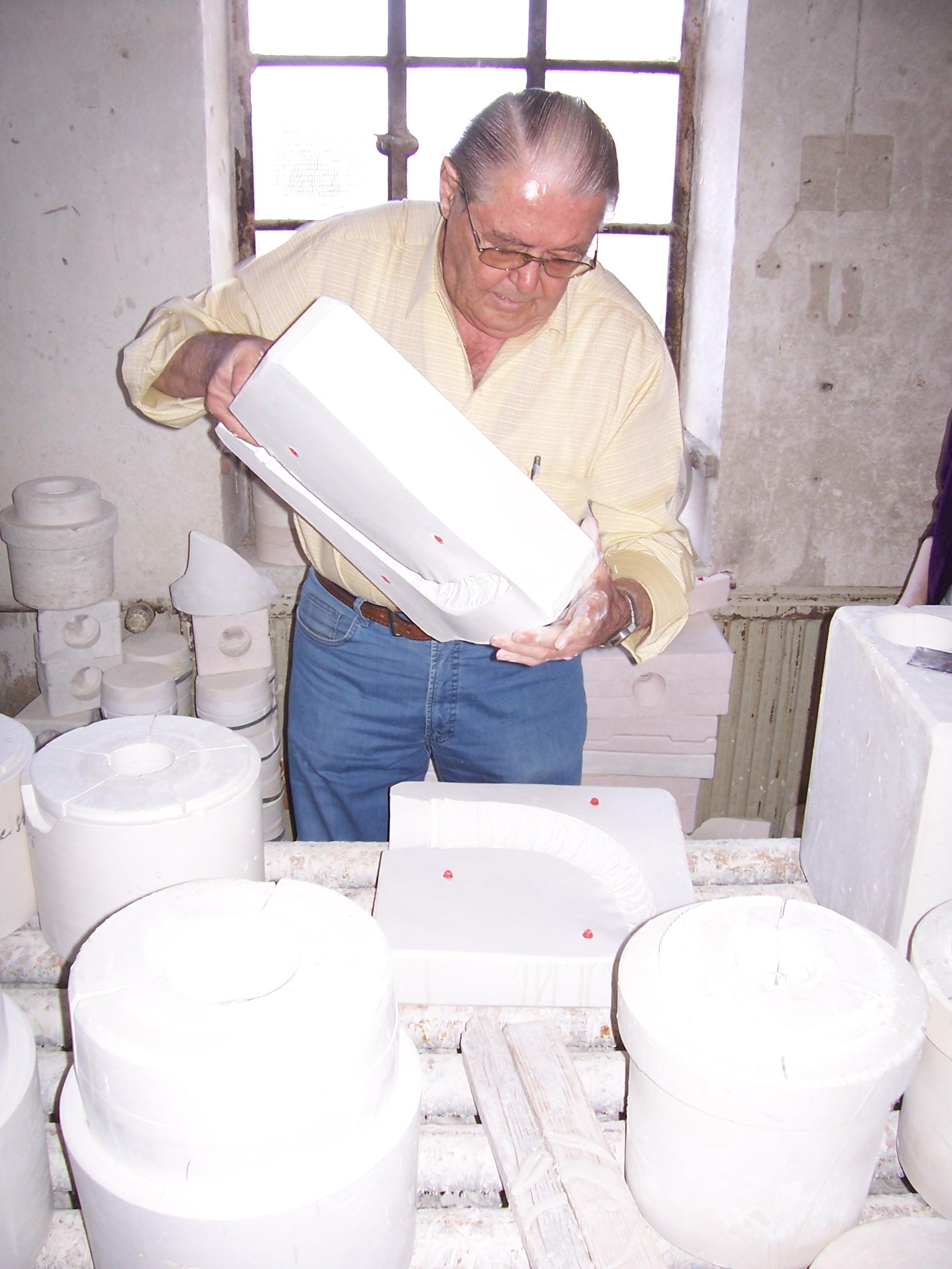 Herr Thewalt showing us the stein-making process