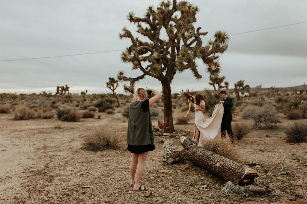 Outdoor photo shoot with engaged couple at Joshua Tree