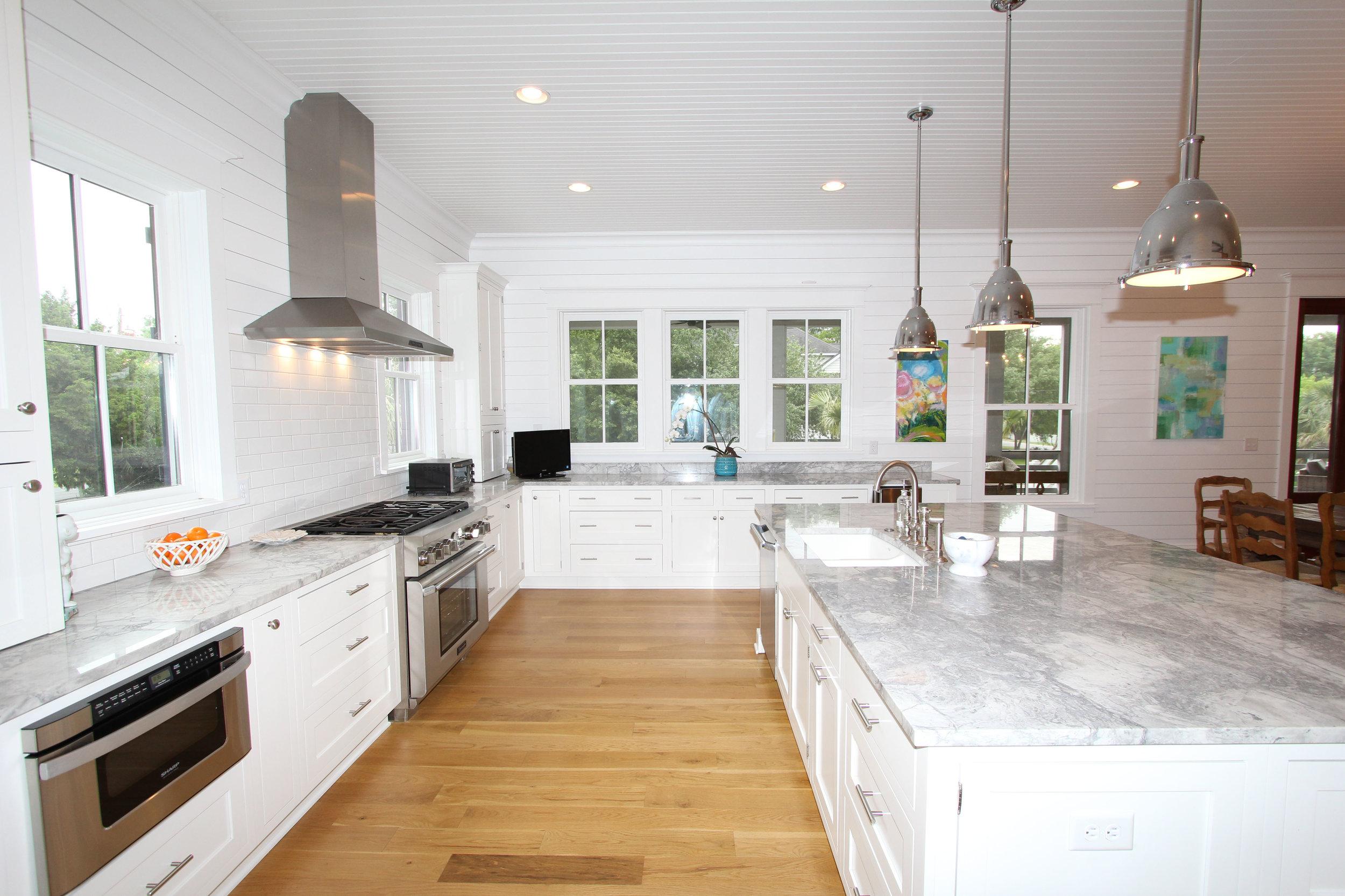 kitchen - view 2.jpg